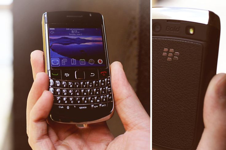 Blackberry Bold 9700  Price: $100 + postage Condition: Used, great condition with minor signs of use Extras: Australian Charger Colour: Black w/ Chrome edges  Love this? Send us a Facebook message and feel free to make an offer!