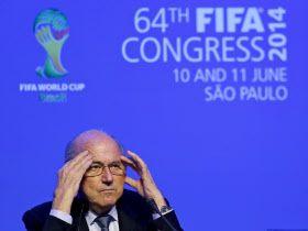 「FIFAは経営資源を持ち出してアフリカとアジアに投入し、それが素晴らしい配当を生み出した」。ミシガン大学のステファン・シマンスキー教授(スポーツ経営学)はこう話す。「米国のスポーツは、海外に進出する資金がなかったため、米国のスポーツであり続けた」20140614