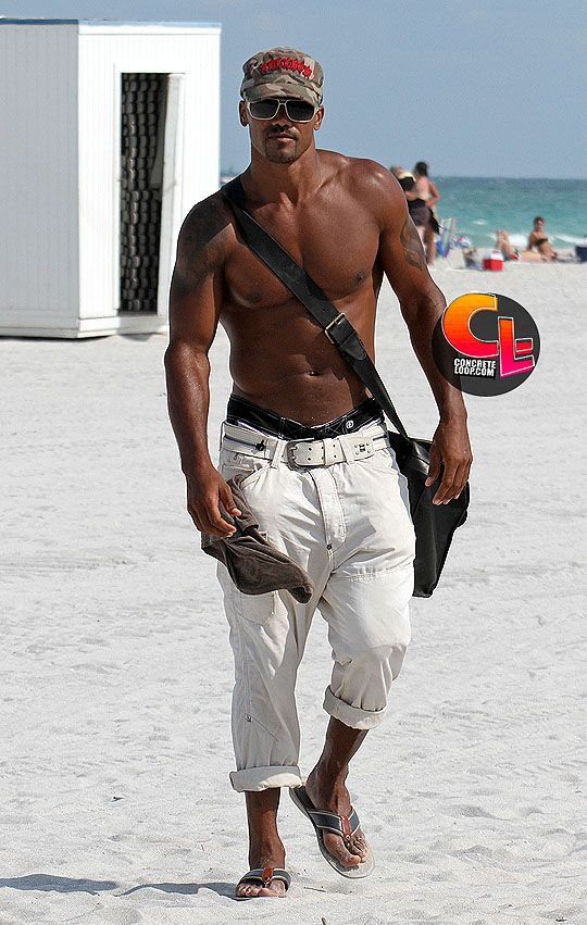 Shemar Moore: This Man, Eye Candy, Criminalmind, Shemar Moore, Criminal Mind, Moore Beaches, Popular Pin, Beaches Style, The Beaches