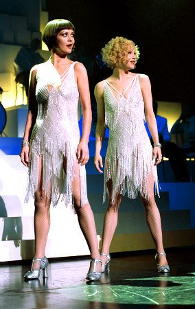 Velma (Catherine Zeta-Jones) and Roxie (Renee Zellwegger) get ready to put on a showstopper in Chicago.