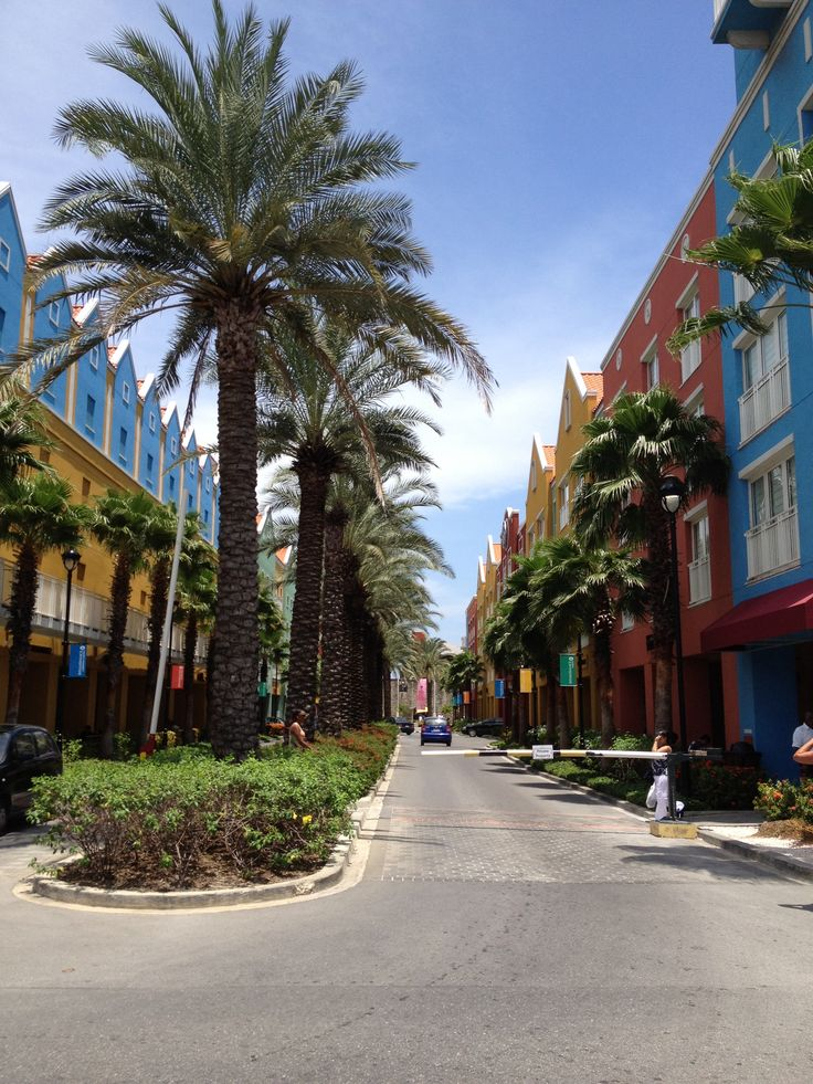Otrabanda mall, Curacao.