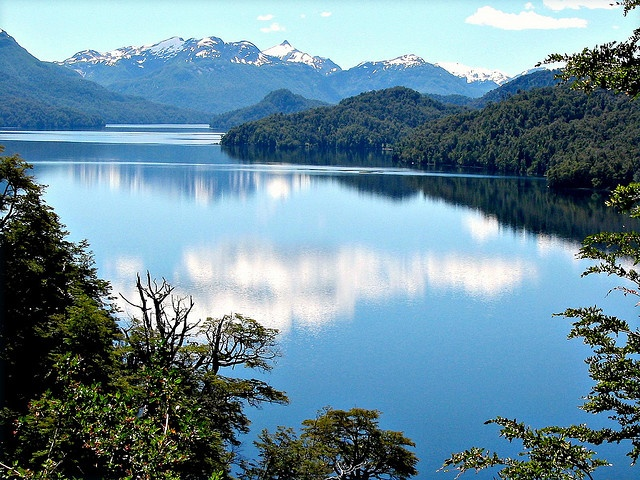 Lago Espejo, Villa Langostura, Argentina