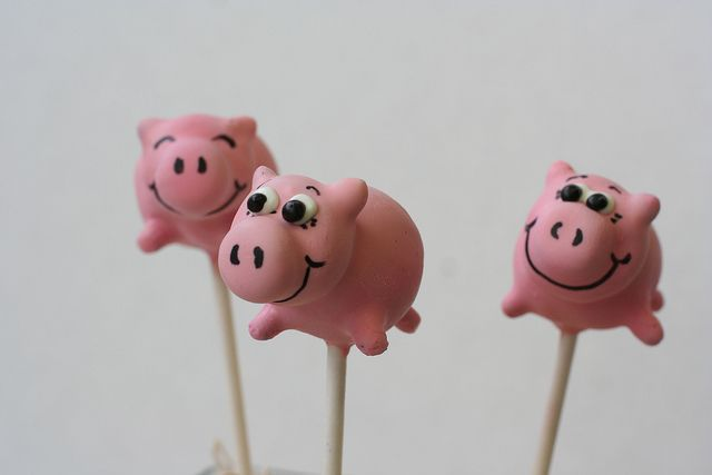 Happy Piglet Cake Pops by Sweet Lauren Cakes, via Flickr