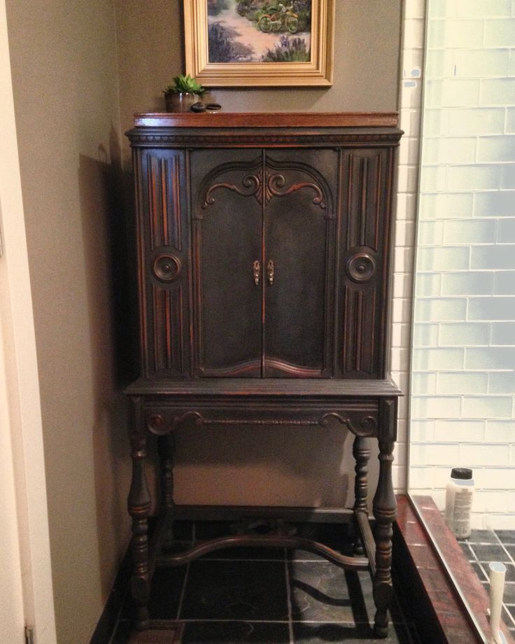 Antique radio cabinet finished with Annie Sloan Chalk Paint - Graphite, Dark Wax, Clear Wax