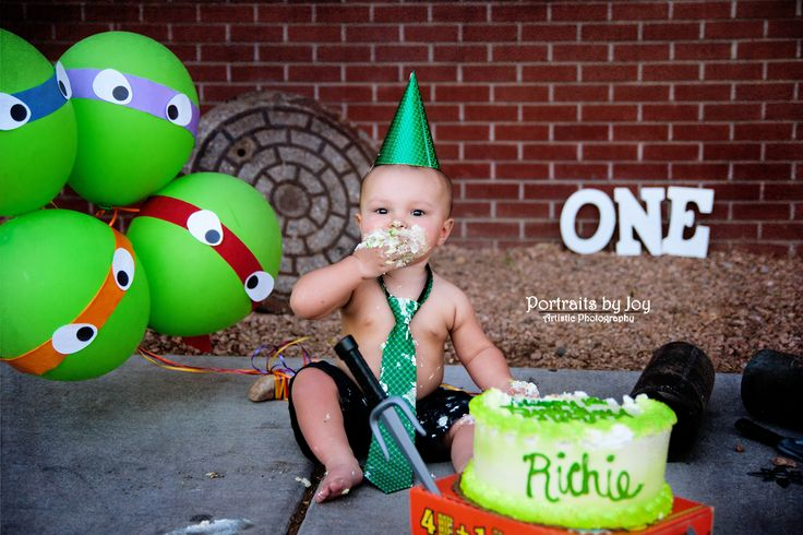 chrome hearts online shop First birthday cake smash  Ninja Turtle cake smash  Albuquerque child photographer  New York Style  pizza box cake stand  crape paper balloons  TMNT cake smash  boy cake smash  out door cake smash