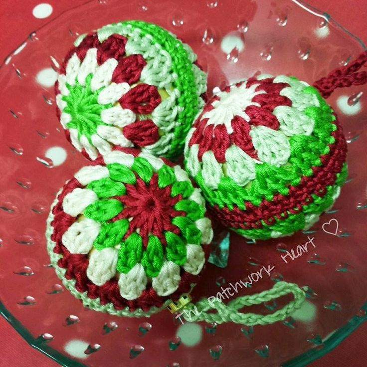 The Patchwork Heart: Christmas Baubles - Pattern