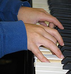 "True Piano Lessons - This site offers FREE help for all piano players from stark beginners, to frustrated-""been taking piano for years, but still can't play much…""- piano students, to more advanced students looking for resources, to teachers who need ideas."