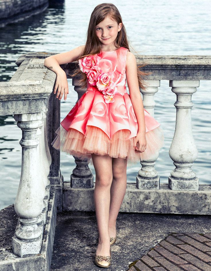 ALALOSHA: VOGUE ENFANTS: Special Ocassion Dresses SS'17: It's time to forget floral print and upgrade to floral appliqué