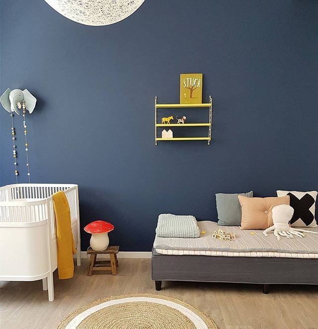 With blue you can never go wrong! As promised we want to show you around the spaces we created in Saudi. Now on the blog the roomtours of the 3 kids spaces ✌. I promise you details! Curious to know which space is your favorite!? #linkinprofile #LiveLoudGirlstyling #LiveLoudGirlinSaudi