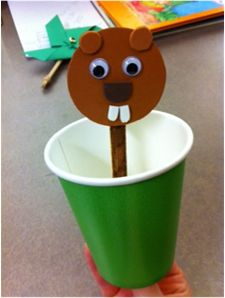 Create your own pop-up groundhog puppet like we did during our groundhog-themed storytime!