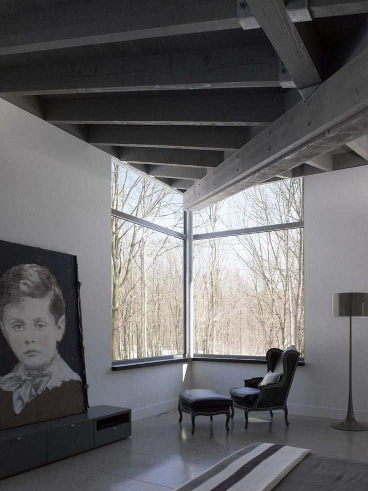 Good Bromont House / Paul Bernier Architecte