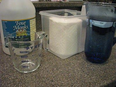 Homemade Clorox Wipes - I have made 3 batches of these already and LOVE them!!