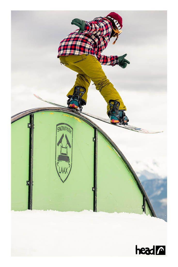 Tailslide from behind //Saori Okada //Girls Trip Laax //ridehead //head snowboards