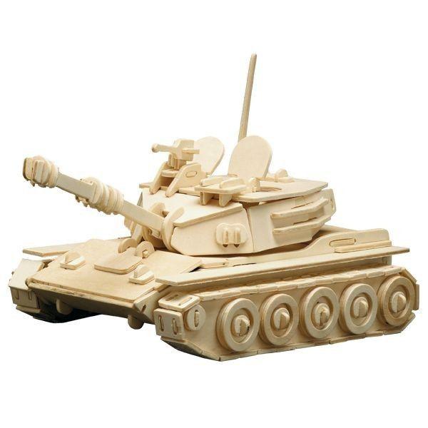 Dieser Panzer fördert die motorischen, kreativen und die geistigen Fähigkeiten Ihrer Kinder zu Hause. Alle 172 Teile sind bereits fertig ausgestanzt und müssen nur noch in der richtigen Reihenfolge zusammengesteckt werden. Das 3D-Modell kann entweder wieder zerlegt oder mit Farbe und Leim fest aufgestellt werden. Dieses Holzsteckbausatz Panzer besteht aus 4 Platten und ist für Kinder ab 6 Jahren geeignet. Größe: ca. 25 x 16 cm