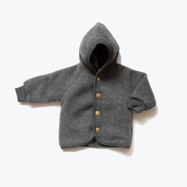 Extra thick and exclusive in dark grey slate to MamaOwl. Gorgeous, comfy, warm and incredible soft, with wooden buttons and made of 100% organic merino fleece,