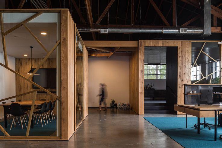 Galería de Oficina BeFunky en Portland / FIELDWORK Design