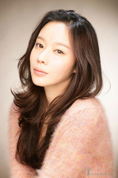 Kim Ah Joong 김아중 82 - debut 2004