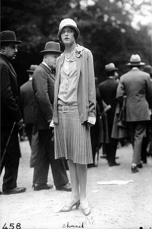 soyouthinkyoucansee:  Coco Chanel , a day at the races, couture fashion-  Frères Séeberger, 1920's