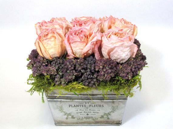 Contemporary Dried Floral Arrangement    #dried_flowers  #flower_arrangements  #french_country  #flowers