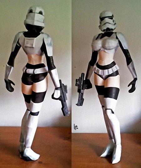 Female Stormtrooper (Paper Craft)