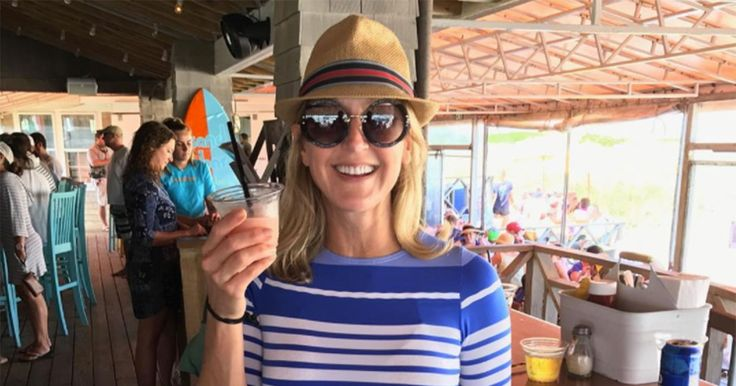 Good Morning America's Lara Spencer Shares Bathing Suit Photo—and It Will Abs-olutely Inspire You