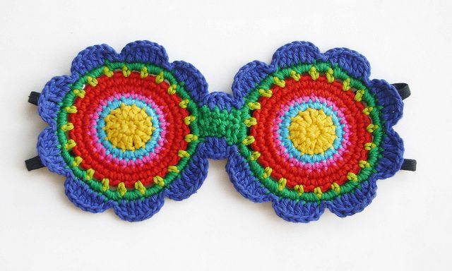 Crochet Inspiration ~ Take (2) of your favorite crochet motifs and make a sleeping mask.
