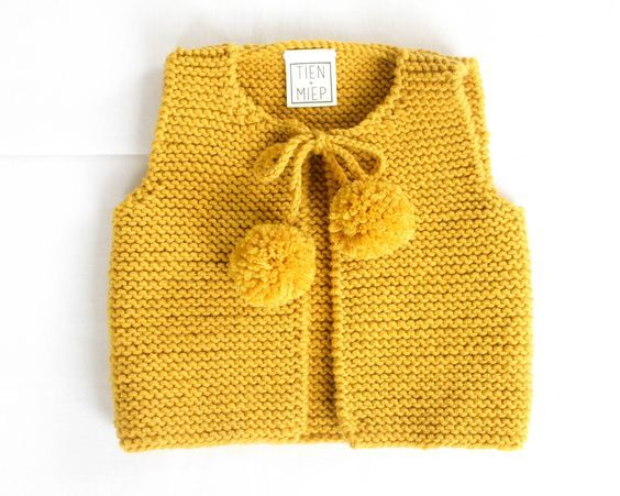 Knit baby vest, garter stitch with pompoms, 100% soft merino wool by TIENenMIEP on Etsy