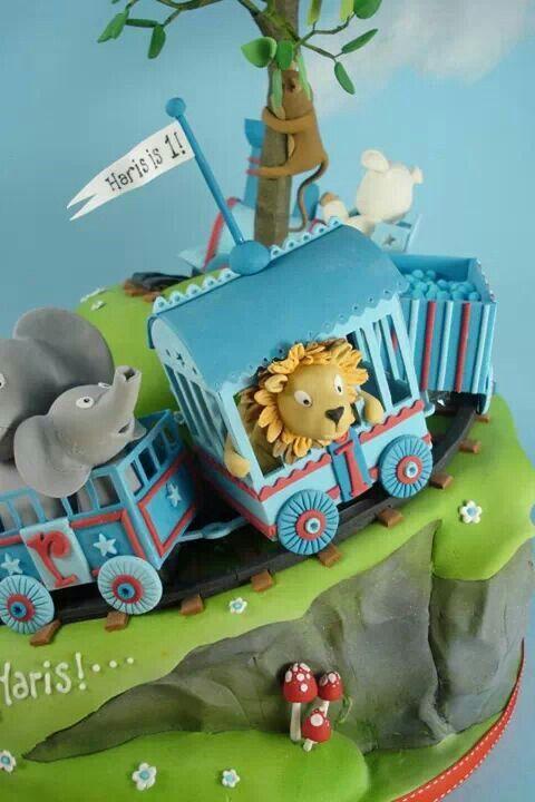 Train Fondant Cake