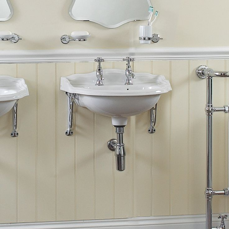 13 best vintage style bathrooms images on pinterest - Old fashioned bathroom furniture ...