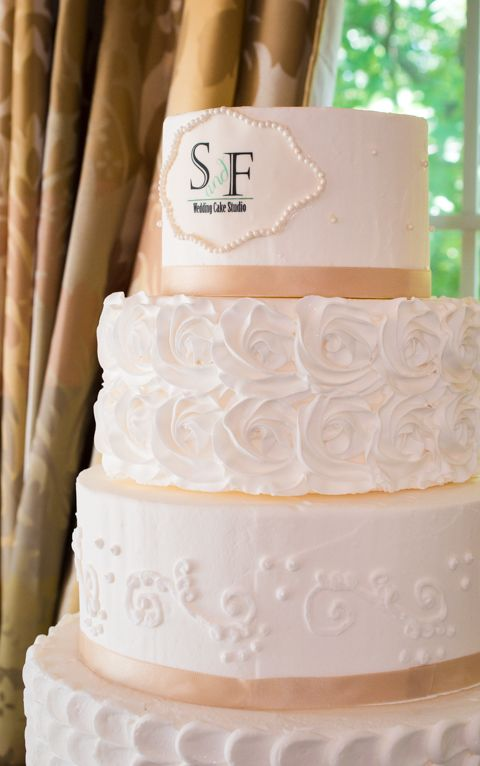How To Stack A Dummy Wedding Cake
