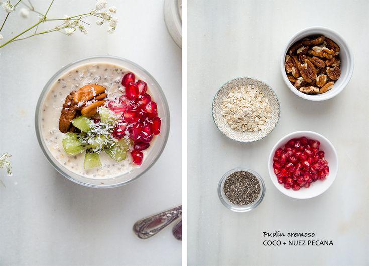 Deliciosa combinación de pudin de avena y chía, combinado con la cremoso leche de coco, leche de almendras y nuez pecana, ideal para desayunar!