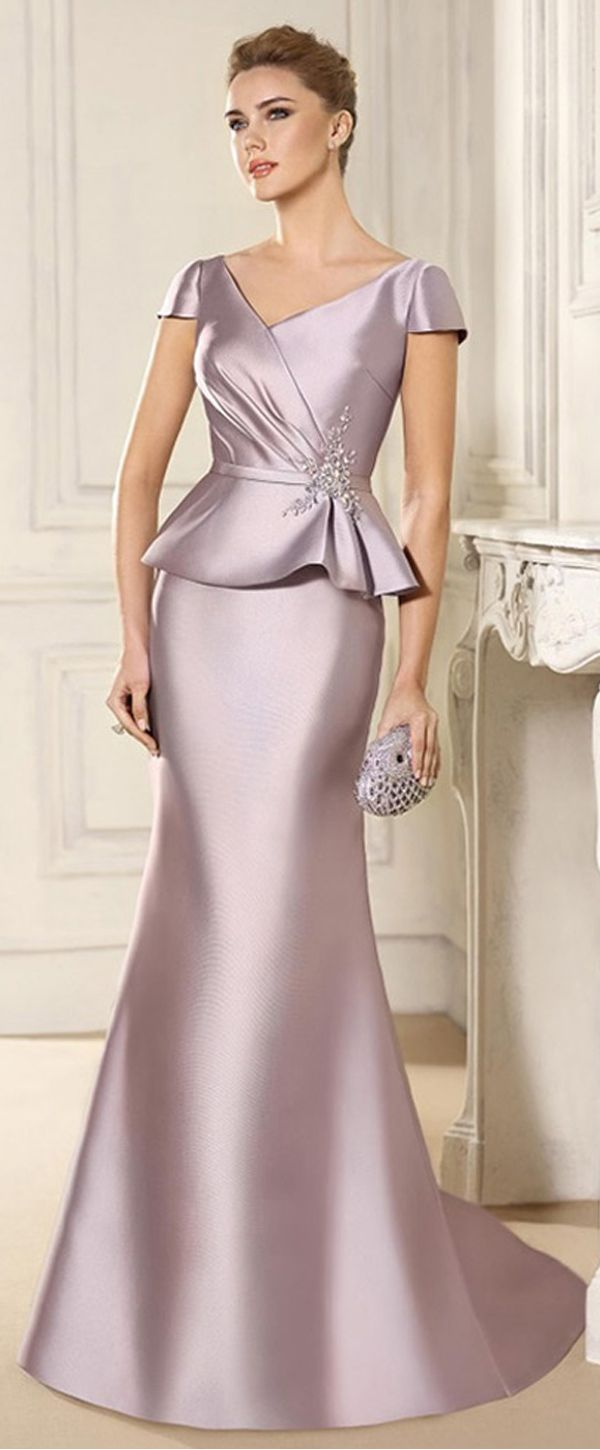 Attractive Satin V-neck Neckline Mermaid Mother Of The Bride Dress With Beaded Lace Appliques