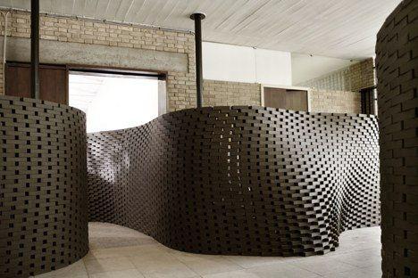 Computer Lays the Prettiest Brick Walls Since Eladio Dieste Gramazio & Kohler