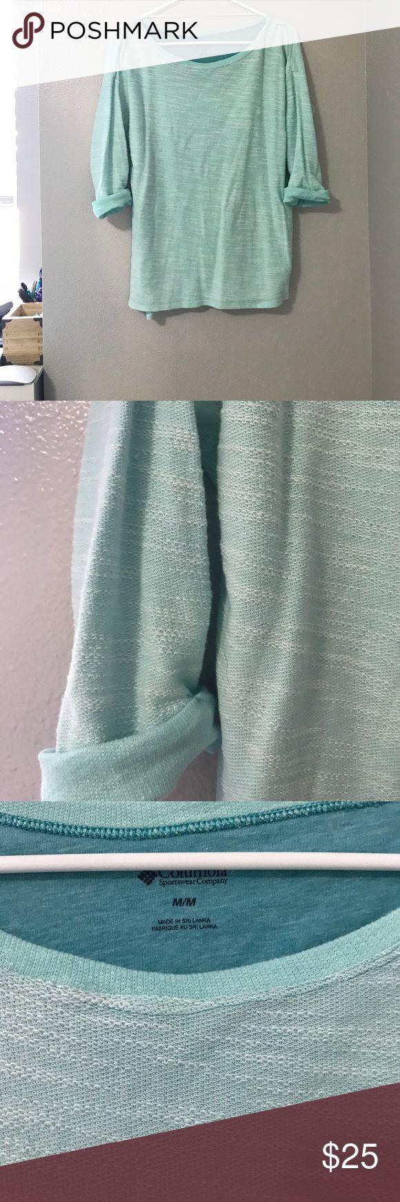 Columbia Blue Sweater Lightly worn Columbia Tops