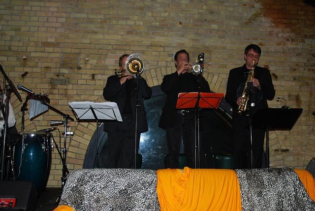 Zöllner Horns: Photo