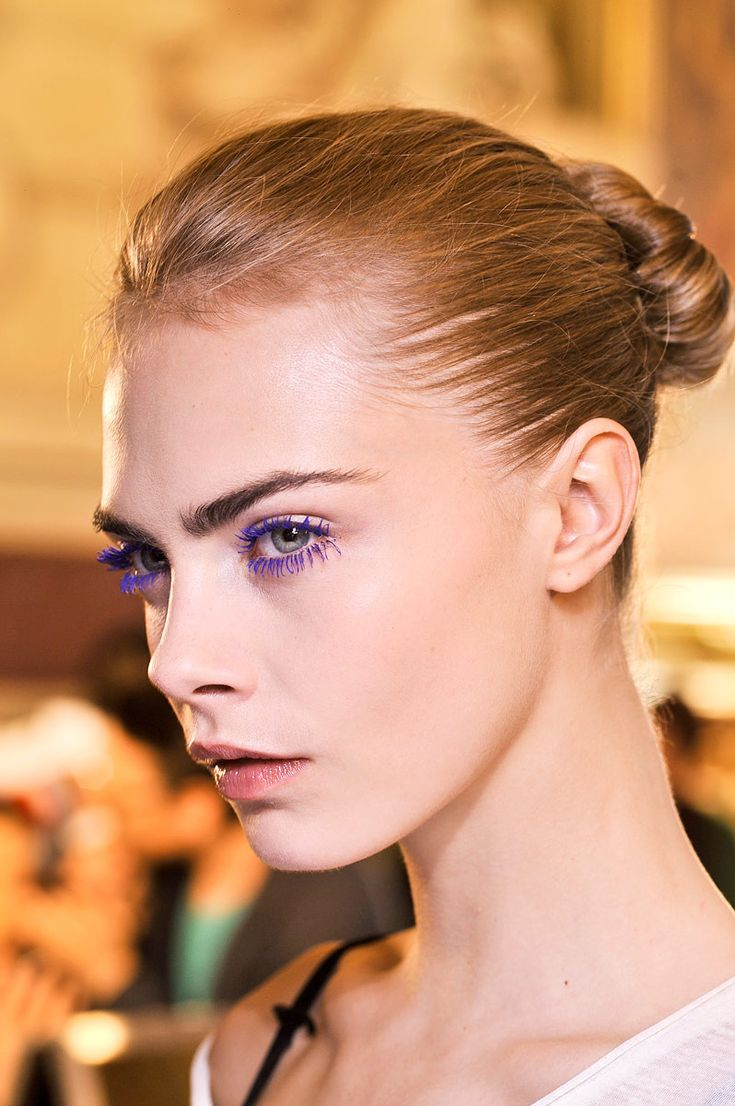 Stella McCartney, Spring 2013. / purple lashes. Love it.