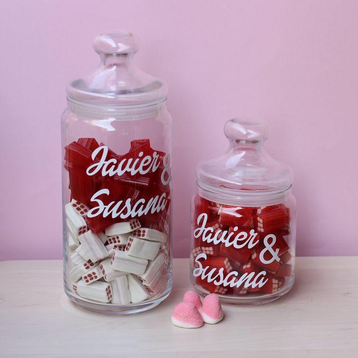 Tarros personalizados para Candy Bar - www.naitus.es – Naitus - Se pueden pedir desde 1 unidad y con la frase que quieras. ¡No incluyen el contenido de dentro!
