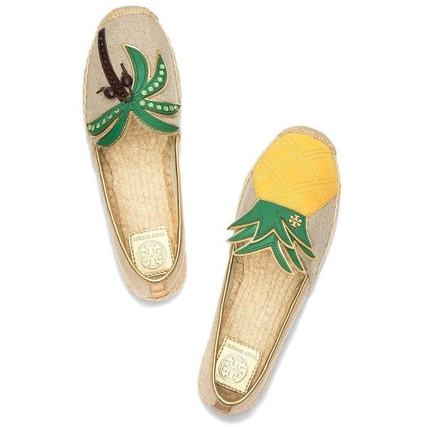Tory Burch Castaway Mismatched Espadrilles (3,705 MXN) ❤ liked on Polyvore featuring shoes, sandals, metallic espadrilles, palm beach sandals, metallic sandals, beach shoes and pineapple shoes