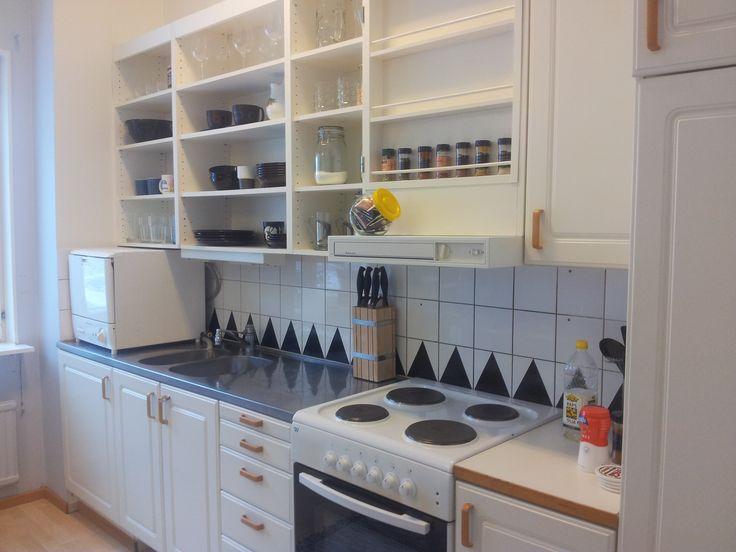 piffa upp köket, kök diy, gammalt kök, inreda kök, skåp utan luckor