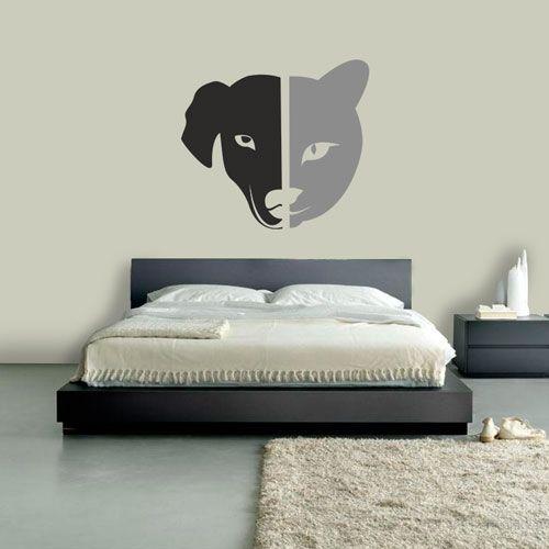Adesivo de Parede Cão e Gato, é um adesivo ideal para decoração. Decore sua sala, quarto, cozinha ou até mesmo escritório. Escolha a cor que mais lhe agr...