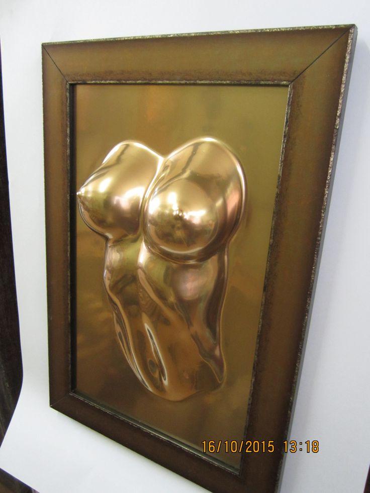 """Панно  """"Сексуальность""""  является предметом современного искусства и служит, в первую очередь, для украшения интерьера . Это может быть интерьер загородного дома или квартиры, где оно украсит часть стены над камином, либо пространство над диваном или кроватью, придавая интерьеру неповторимую атмосферу , особый статус... Цена 20000 рублей."""