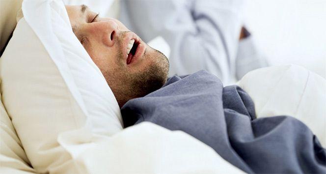 """Uyku apnesi, ölüm riskini artırıyor Sitemize """"Uyku apnesi, ölüm riskini artırıyor"""" konusu eklenmiştir. Detaylar için ziyaret ediniz. https://8haberleri.com/uyku-apnesi-olum-riskini-artiriyor/"""