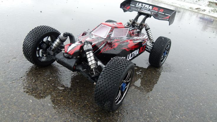 Der Ultra BL 8 hat es in sich! B3650 BL Motor, bis zu über 60 Km/h schnell und Spritzwassergeschützt.