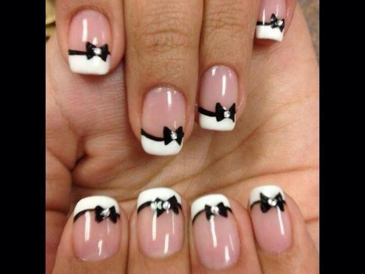 Bow tie manicure