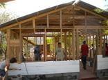 Building a community in Empalme de Boaco