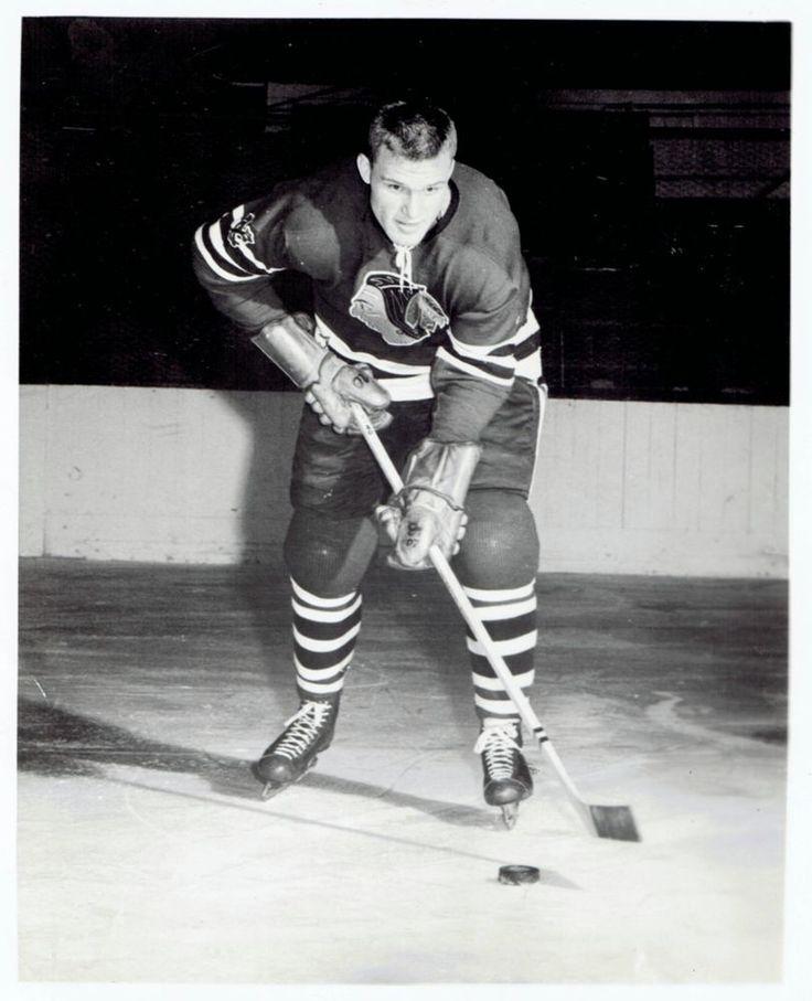 1957 Original Photo NHL Chicago Black Hawks ice hockey player Hank Ciesla