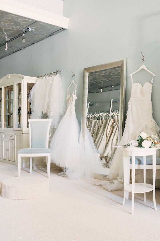 Wedding Interior Design: Best 25+ Bridal Boutique Interior Ideas On Pinterest