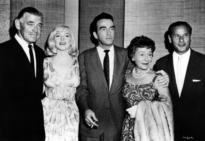 "The cast of ""The Misfits"": Clark Gable (1901-1960), Marilyn Monroe (1926-1962), Montgomery Clift (1920-1966), Thelma Ritter (1902-1969) and Eli Wallach (1915-2014), photo 1960"