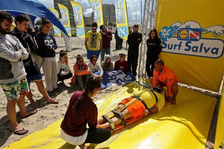 Depois do Sul e do Centro, chegou a vez de o Norte receber a Surf Salva. A iniciativa levou cerca de 100 surfistas e nadadores-salvadores, sábado, à praia de Matosinhos, para uma ação de formação.