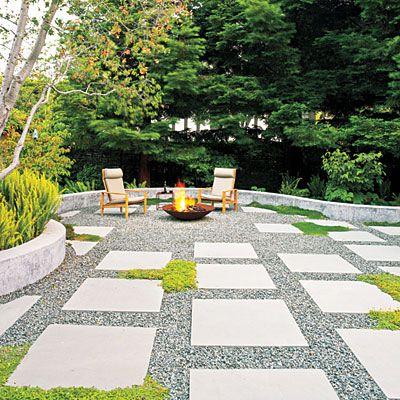 Bluestone pavers with aggregate stone
